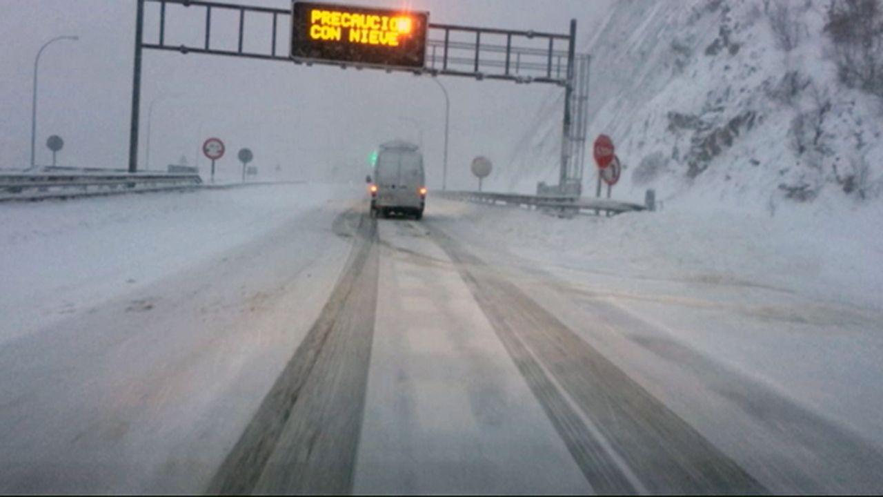 Iván C..Nieve en el Huerna