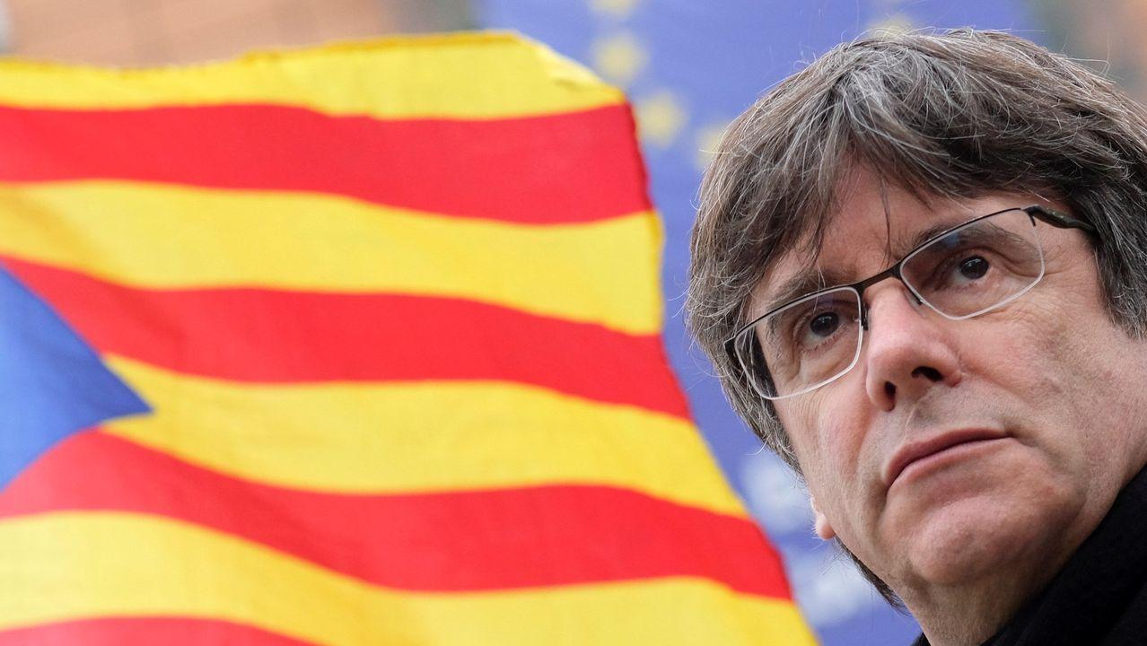 Los expertos opinan sobre la situación de Cataluña.Katrien Danthieux, Yanica Vella, Rita Margarido y Katy Horder, ante la mirada de Sara Correia. Ó. VÁZQUEZ