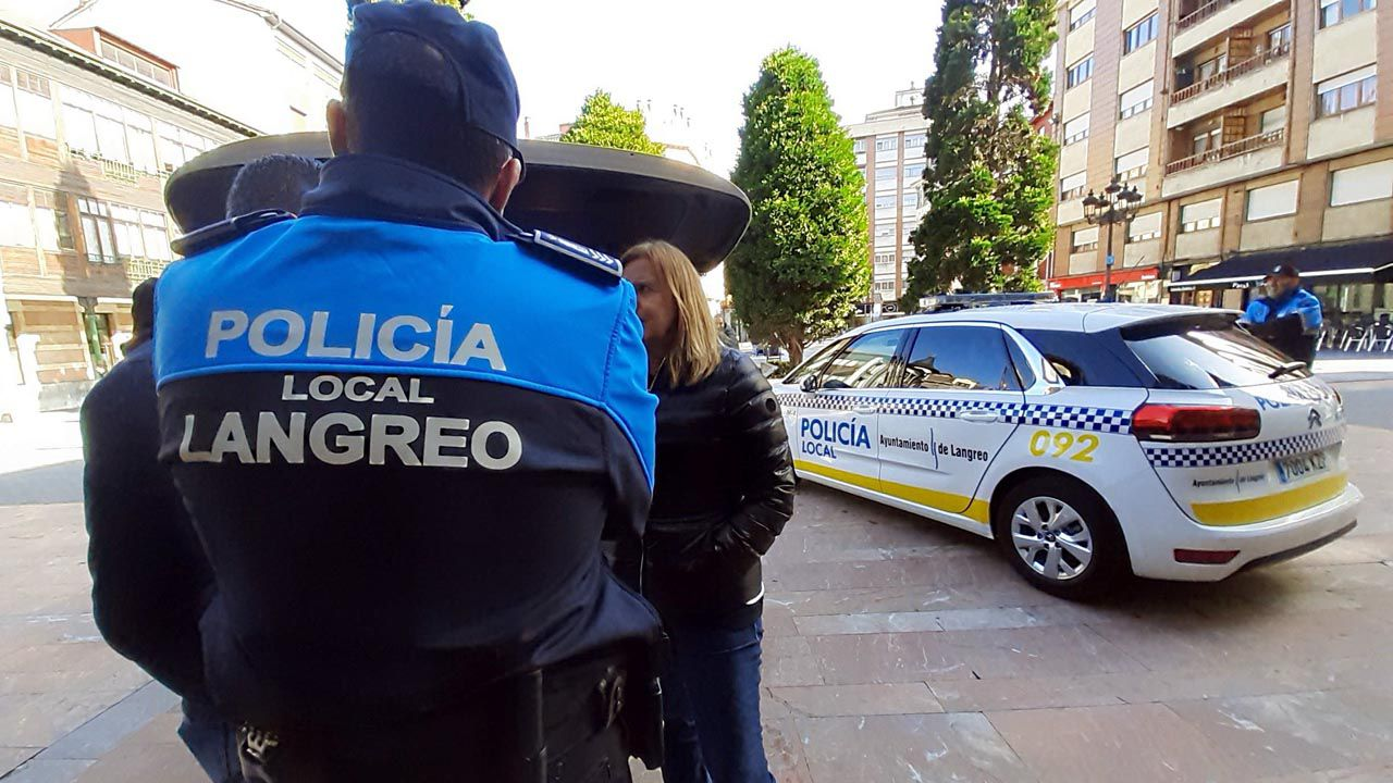 Agentes de la Policía Local de Langreo