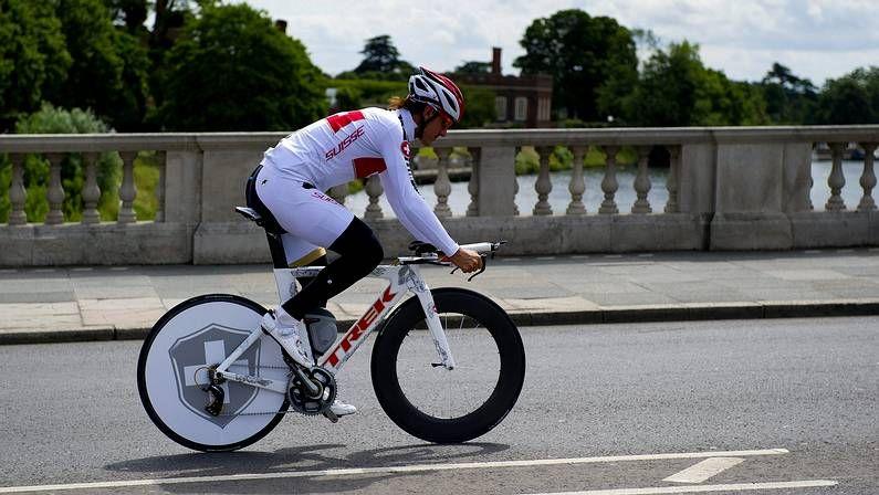 Cancellara entrena en el circuito londinense