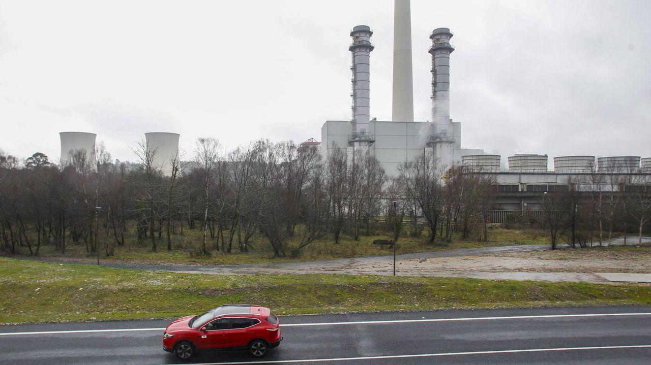 La fábrica de alúmina y aluminio que Alcoa quiere cerrar parcialmente en San Cibrao