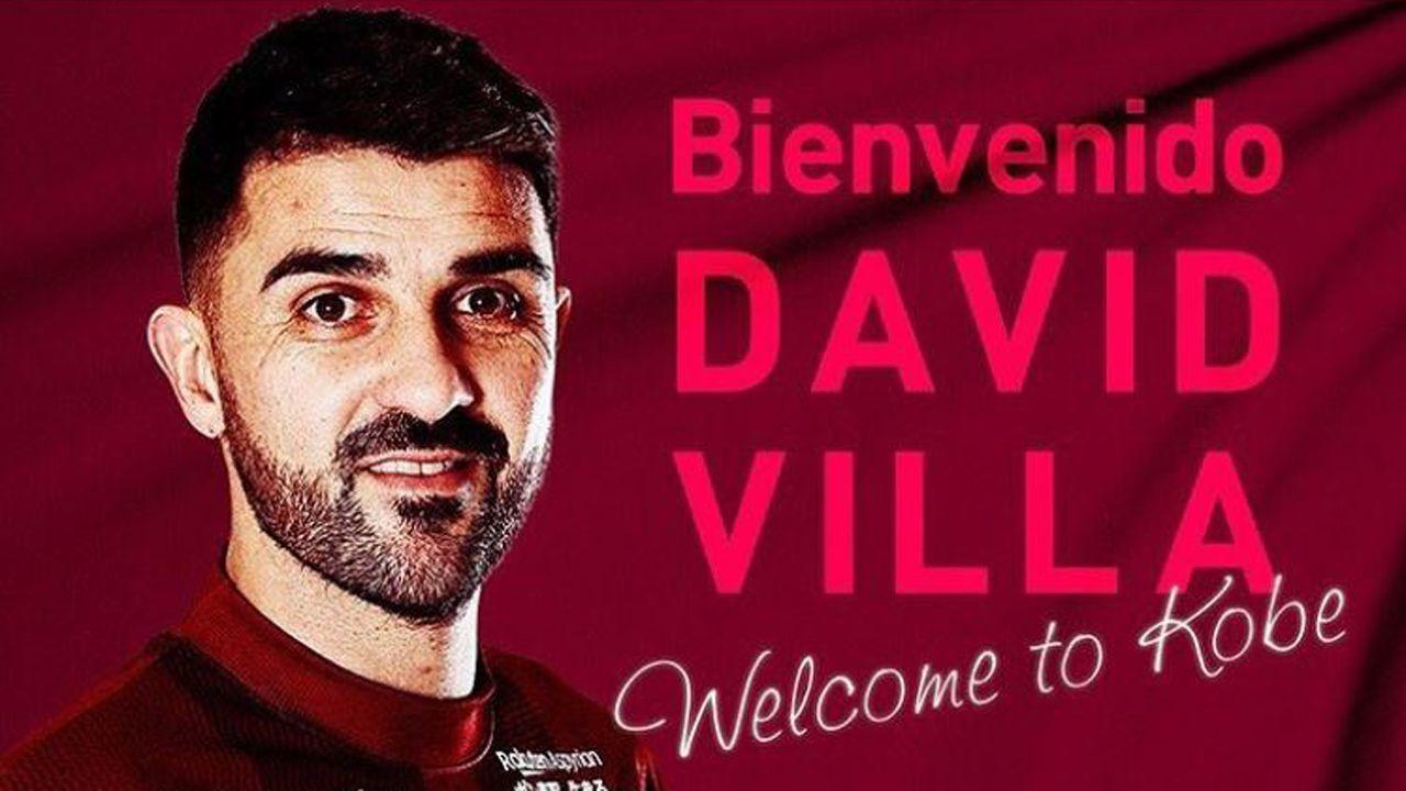 Foto del Instagram de visselkobe_official dando la bienvenida a Villa a su equipo