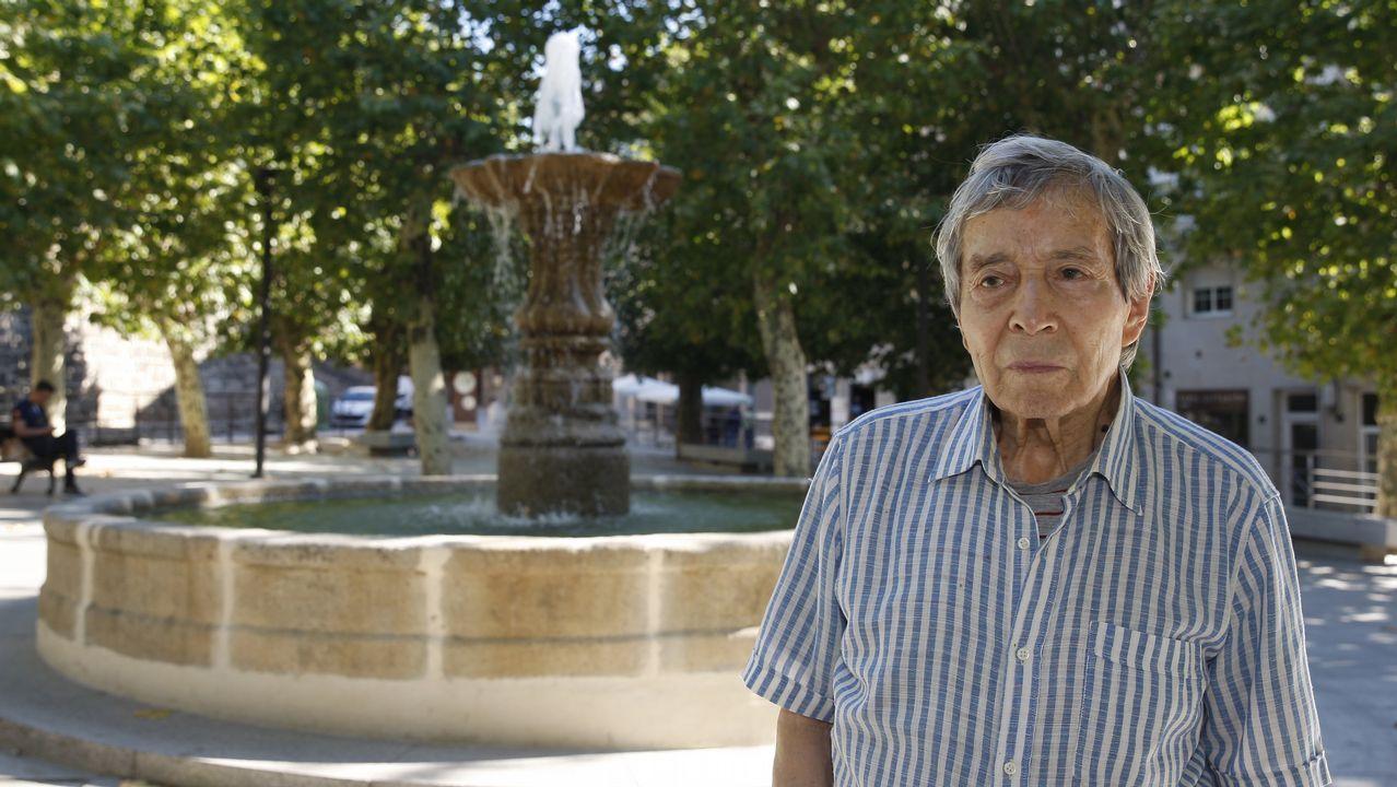 Chus Pato adica o seu discurso de ingreso na RAG á poesía e ós mestres que tivo no IES Otero Pedrayo