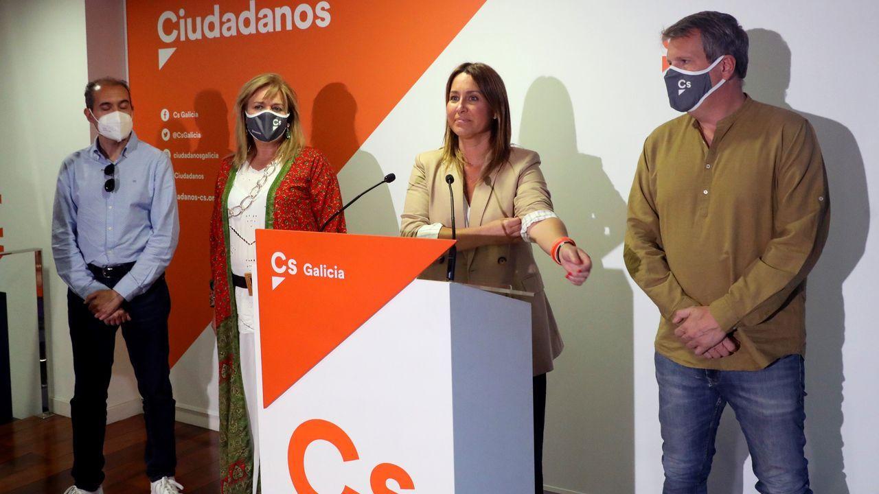 Beatriz Pino, líder de Ciudadanos, fue la primera en comparecer. Su partido se quedó lejos de conseguir entrar en el Parlamento