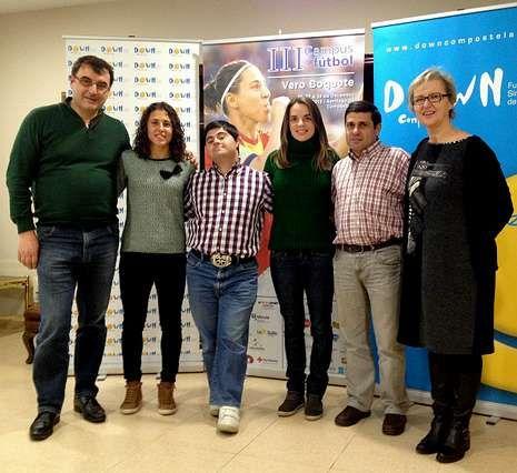 El campus de Vero Boquete apoya a la Fundación Down Compostela.