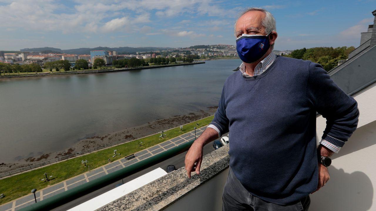 Juan Graíño, trasplantado de hígado vacunado con la primera dosis en A Coruña