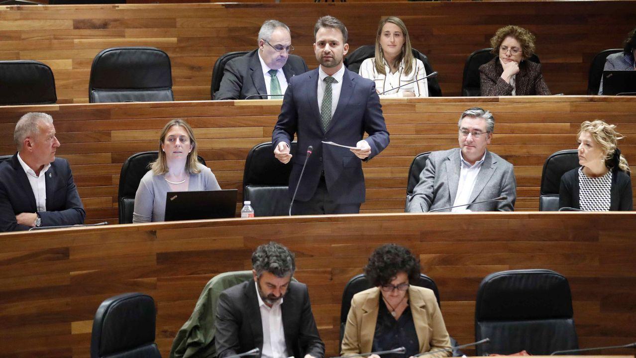 Proyecto de la nueva estación de Ferrol para la integración de trenes y buses.El diputado del PP, Álvaro Queipo