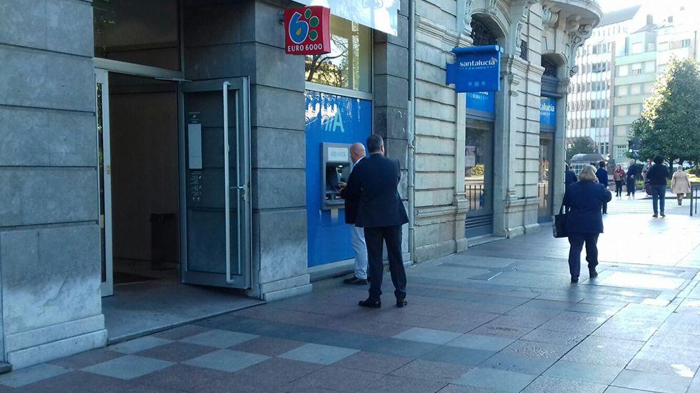 Cajero automático en el centro de Oviedo