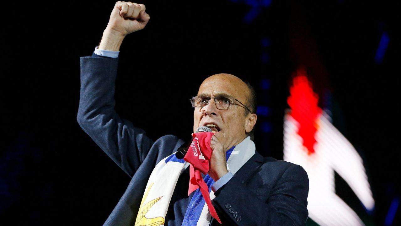 Guaidó: «Espero que la democracia española sea fuerte para hacer frente a la dictadura de Maduro».El candidato a la presidencia de Uruguay por el oficialista Frente Amplio, Daniel Martínez, favorito en las encuestas, en un mitin durante su cierre de campaña