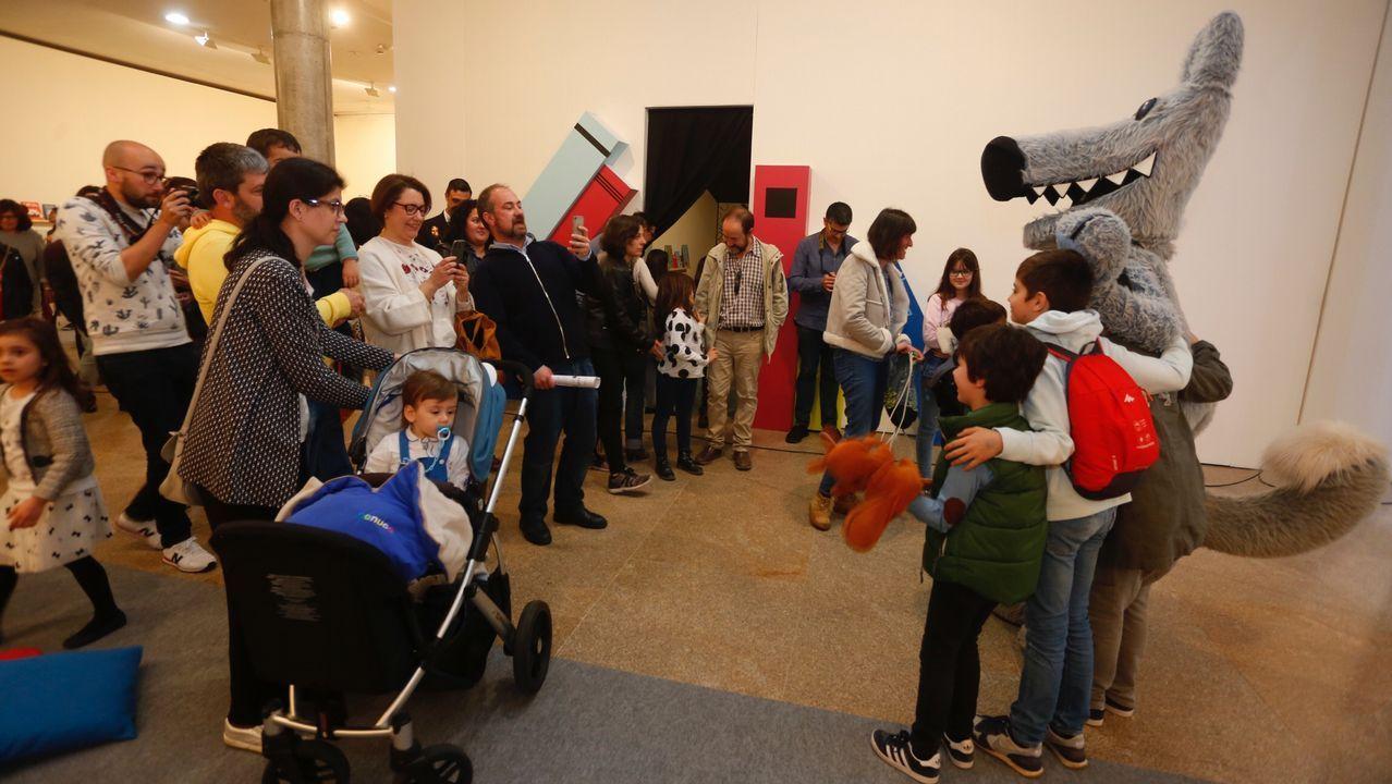 Así fue la inauguración del Salón do Libro Infantil.Los diputados realizaron más de trescientas salidas al extranjero en menos de tres años
