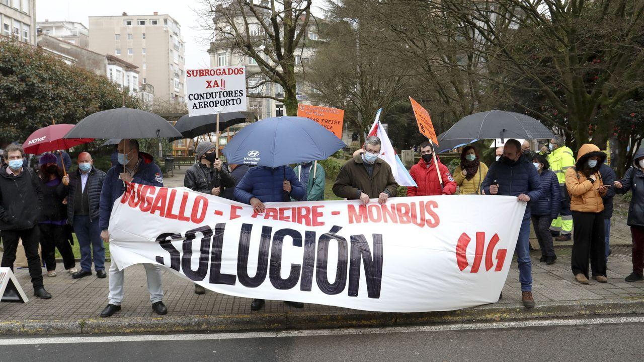 repsol.Los conductores de la línea de Lavacolla piden una solución rápida al Concello