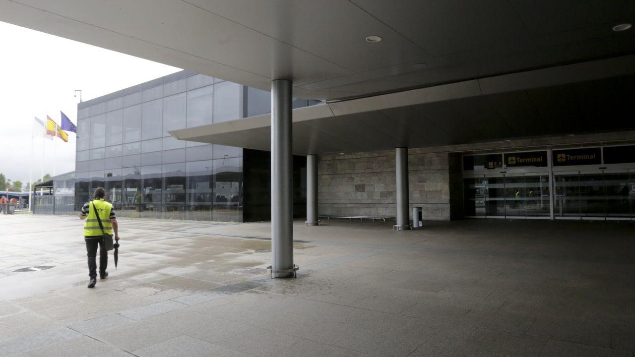 Retraso en Alvedro por la niebla.Aeropuerto de Alvedro