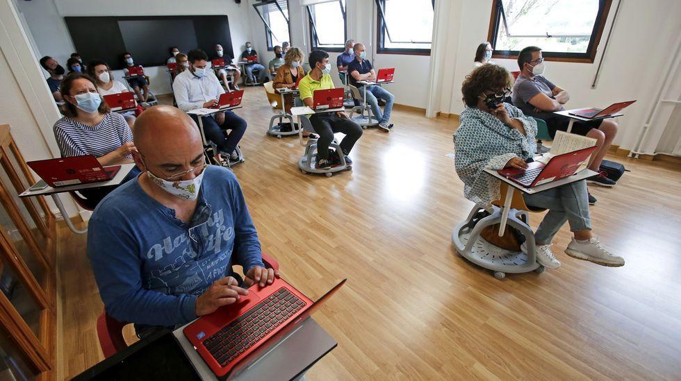 Imagen de uno de los cursos sobre el libro digital que se organizó el pasado julio para profesores de Pontevedra