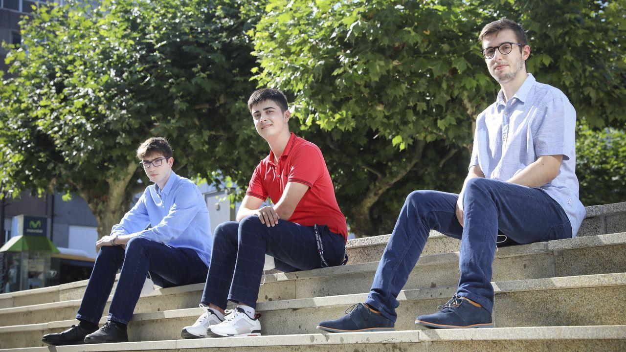 Miguel Ángel Boado, Raúl Ríos y Adrián Ovidiu, en Ordes