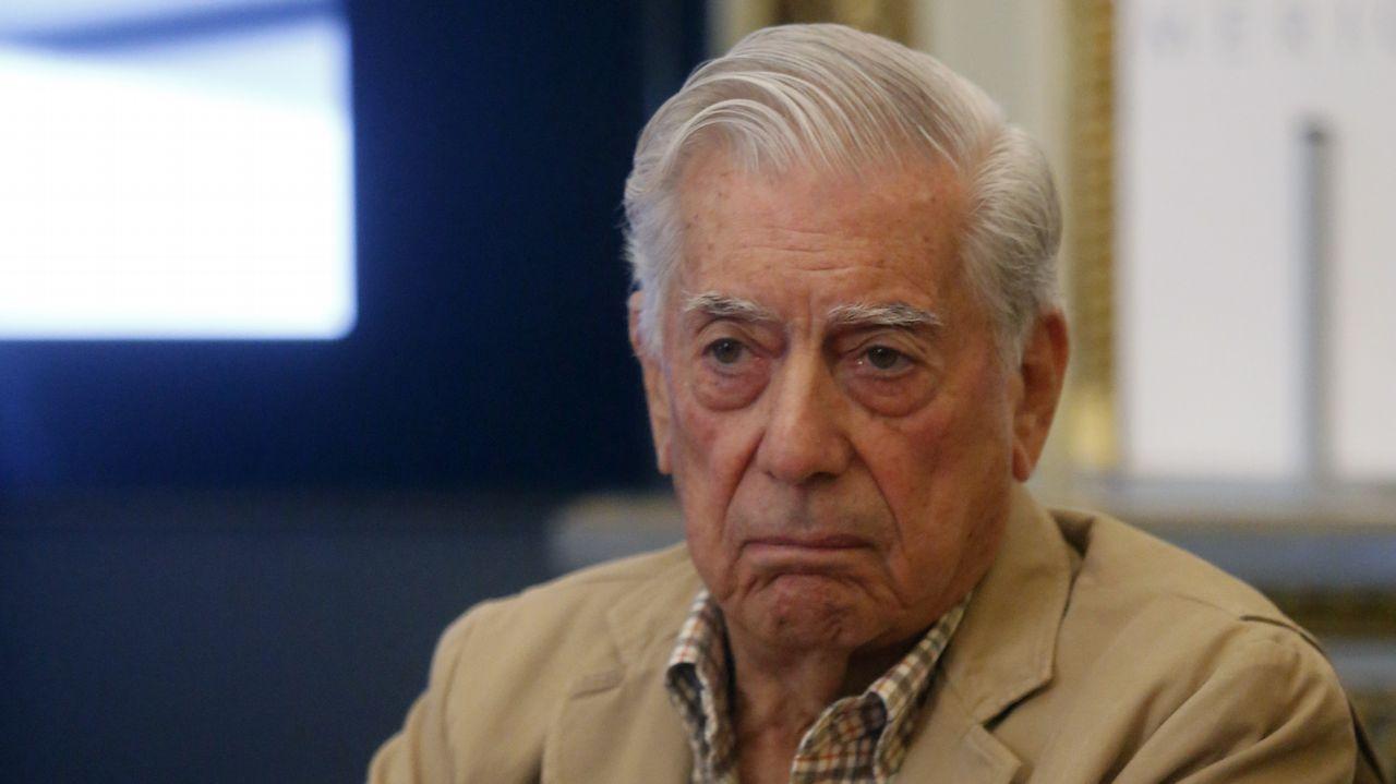 Vargas Llosa: «Ninguna conjura independentista destruirá la democracia».Eduardo Riestra