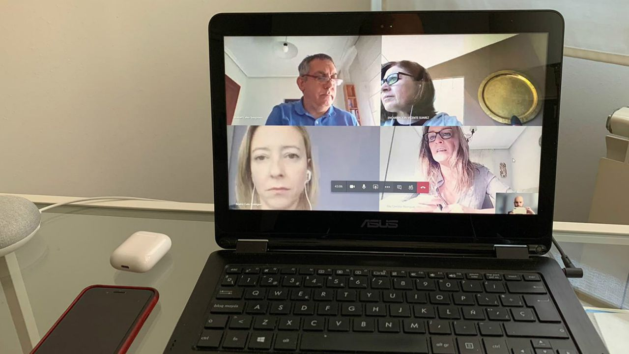 Reuniones de la consejera de Presidencia con su equipo por videoconferencia.