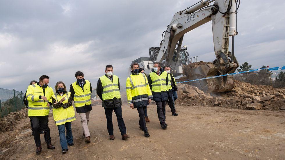 El presidente de la Xunta y la conselleira de Infraestruturas visitaron las obras de la autovía