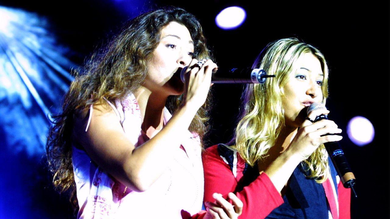Actuación de Ella Baila Sola en Cee en el 2001, el año que se disolvió el grupo