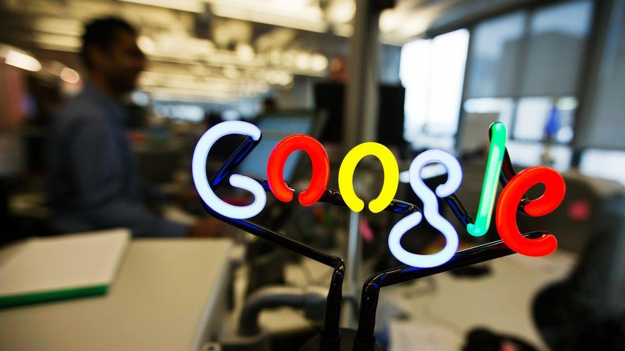 John Harrison, el relojero que protagoniza el doodle de Google.La multa podría traducirse en millones de euros