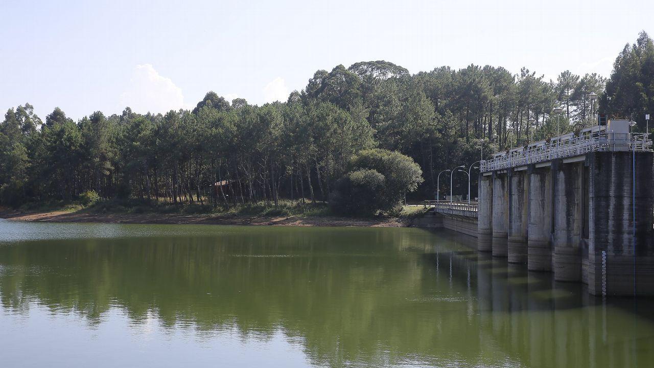 CECEBRE, AGOSTO DEL 2017. Hace un año la coruñesa presa de Cecebre tenía un 65 % de agua, cinco puntos por debajo de la ocupación media en esta época del año