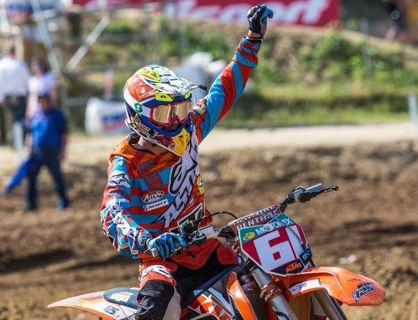 Jorge Prado, durante una carrera de la pasada temporada con una moto de 125 c.c..