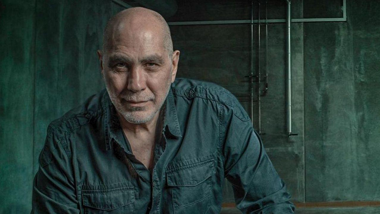 El escritor mexicano Guillermo Arriaga