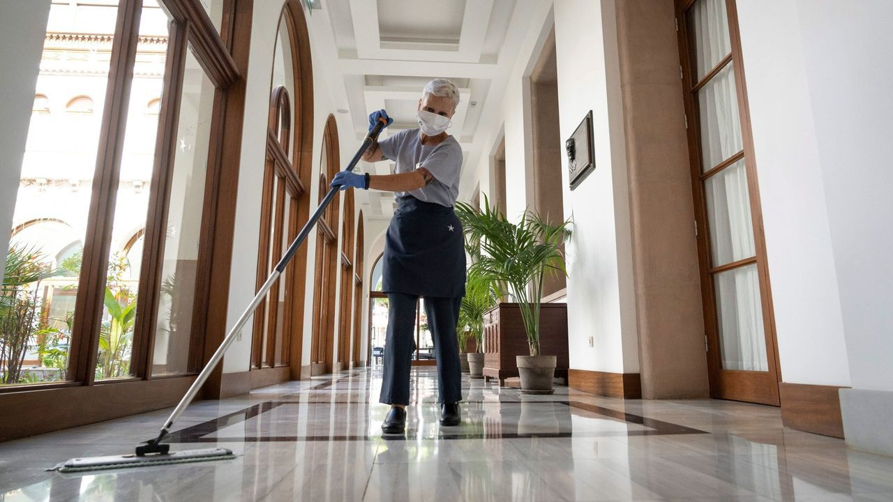 La reforma quiere impedir la subcontratación fraudulenta, como la de las camareras de piso o  kellys