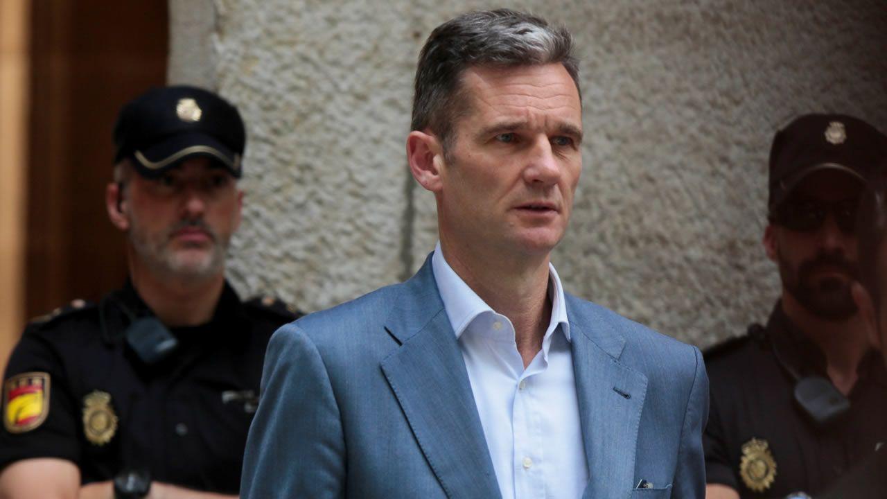 Urdangarín recoge su orden de ingreso en prisión.El presidente del Real Madrid y de ACS, Florentino Pérez, y el máximo responsable de OHL, Juan Miguel Villar Mir