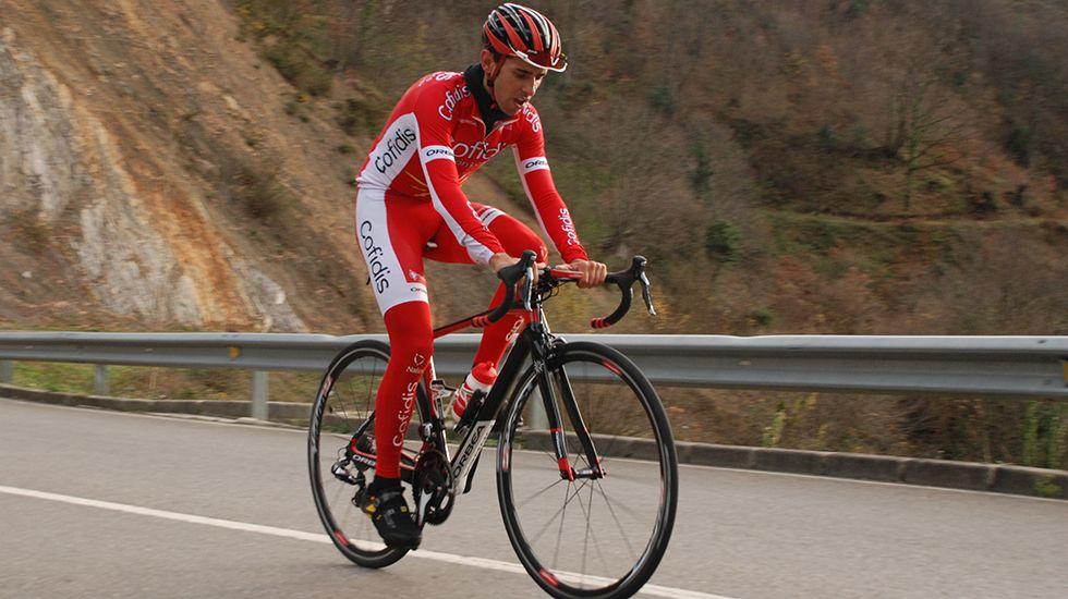 El ciclista asturiano Dani Navarro