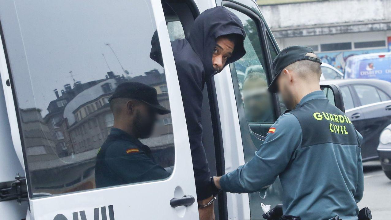 Julián Eduardo V. T., a su llegada a los juzgados de Ordes tras ser extraditado desde Colombia