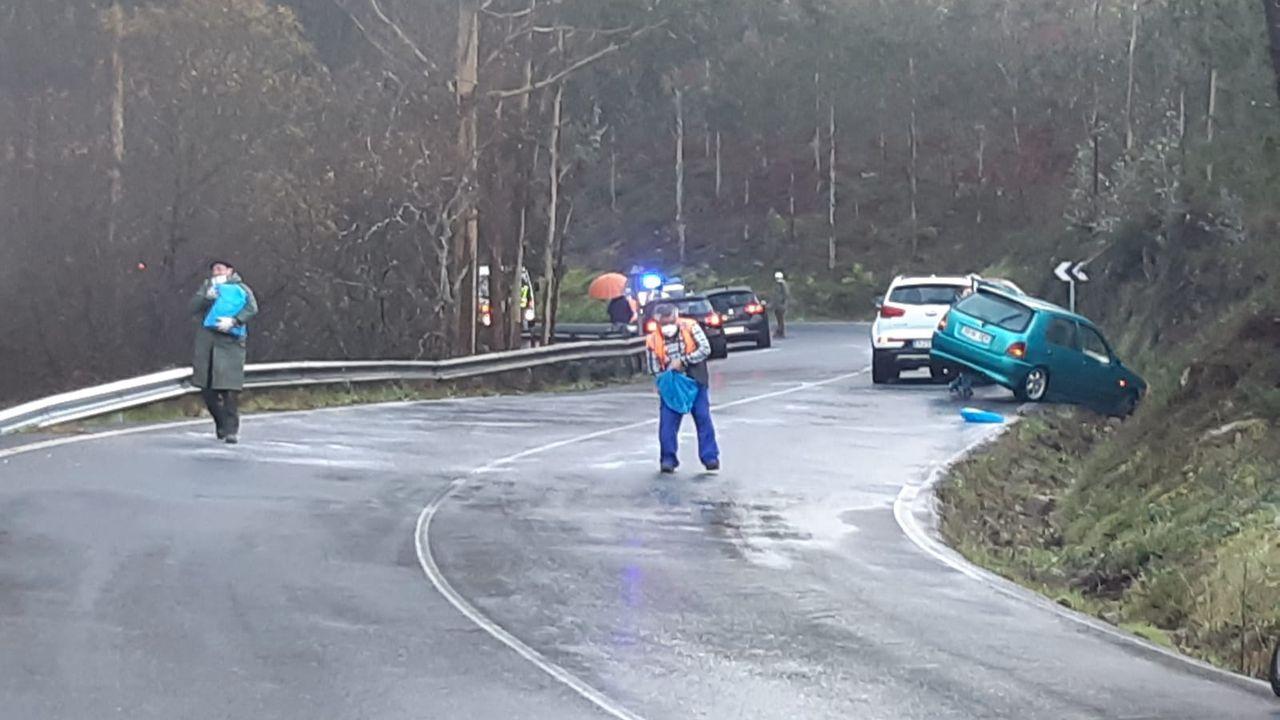 Accidente en A Ponte do Porto por una gran placa de hielo