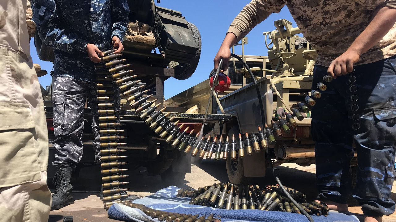 Milicianos de Misrata, que combaten a las tropas de Haftar