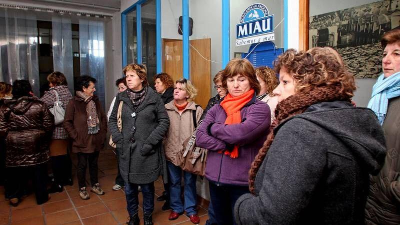 Las trabajadoras de Alfageme se encierran en la sede la Xunta en Pontevedra
