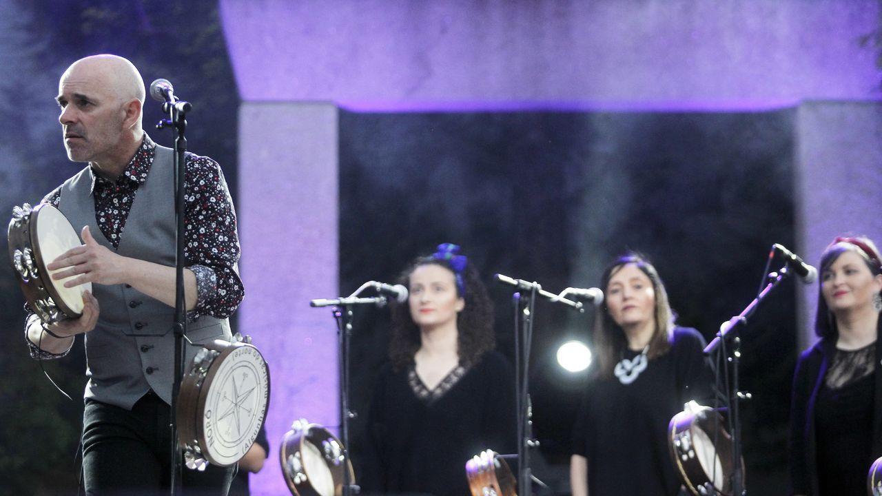 Conciertos Amosando, Anabel Santiago, Eva Tejedor.Fizzy Soup ofrecerá un concierto en el Clavicémbalo
