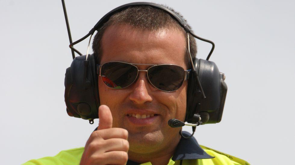 Iván Ares, a bordo de su Porsche junto a Álvaro Bañobre, durante el rali de Llanes.