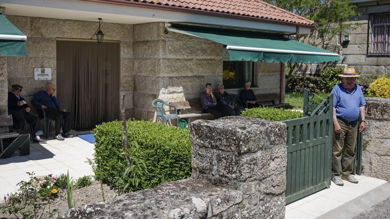 La vivienda comunitaria del CDR O Viso esta integrada en la adea de Lodoselo (Sarreaus)
