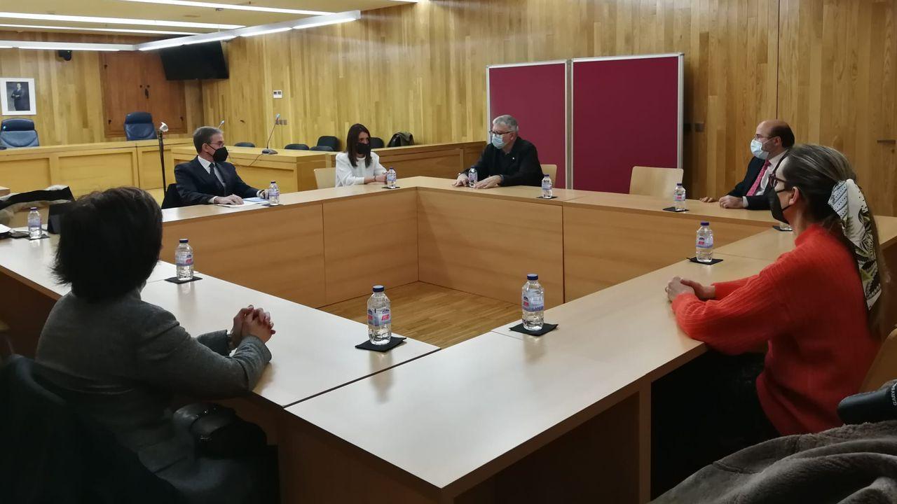 La visita del presidente del TSXG a los juzgados de Lugo