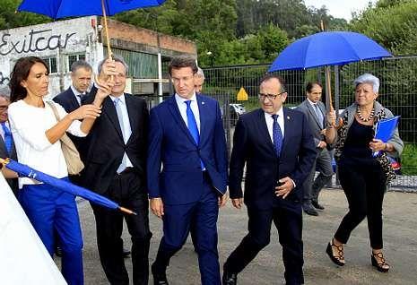 La nueva subestación inaugurada por Villaseca y Feijoo está blindada y se ubica en A Portela.