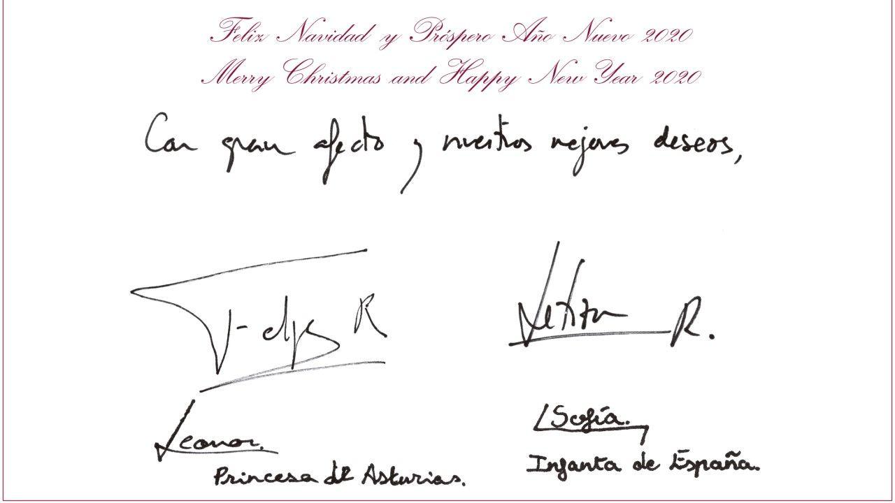 La postal enviada por los reyes y sus hijas