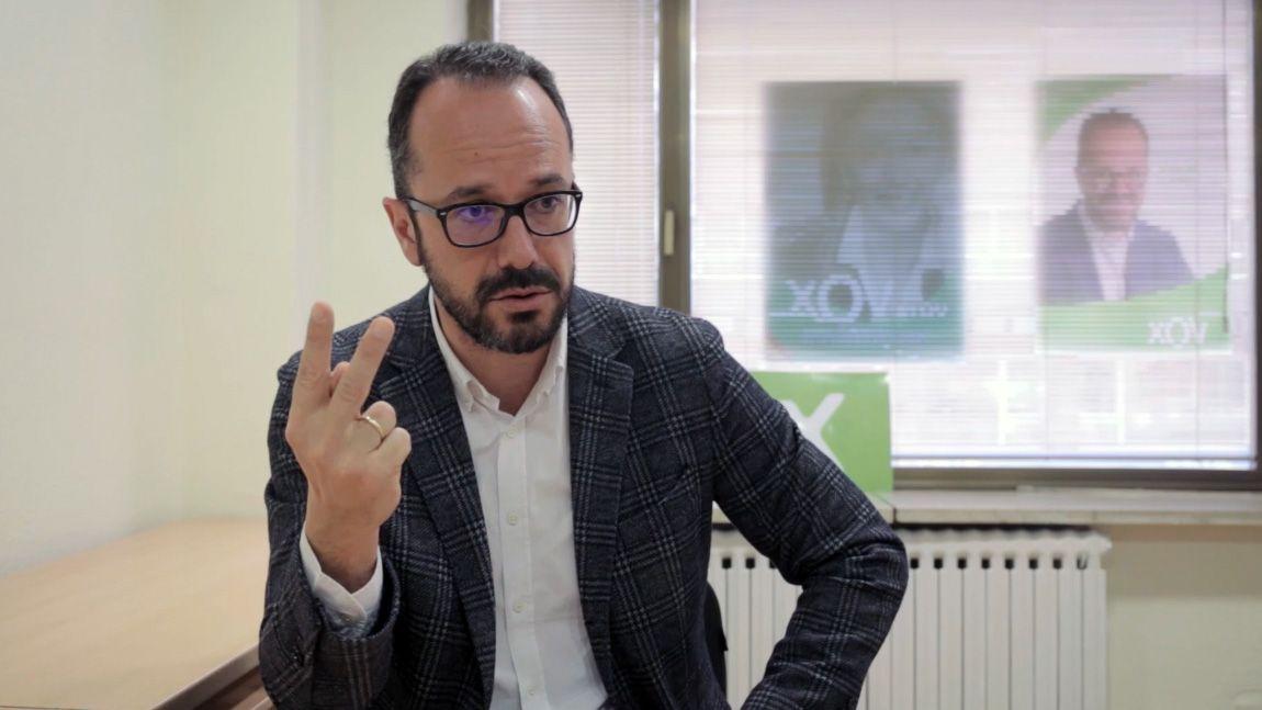 Entrevista a Ignacio Blanco (VOX).Un aula vacía