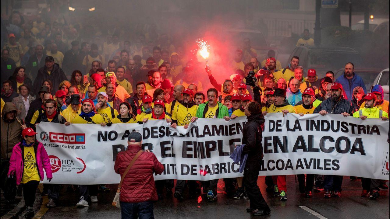GREENALIA.La marcha de los trabajadores de Alcoa, a su llegada a Oviedo