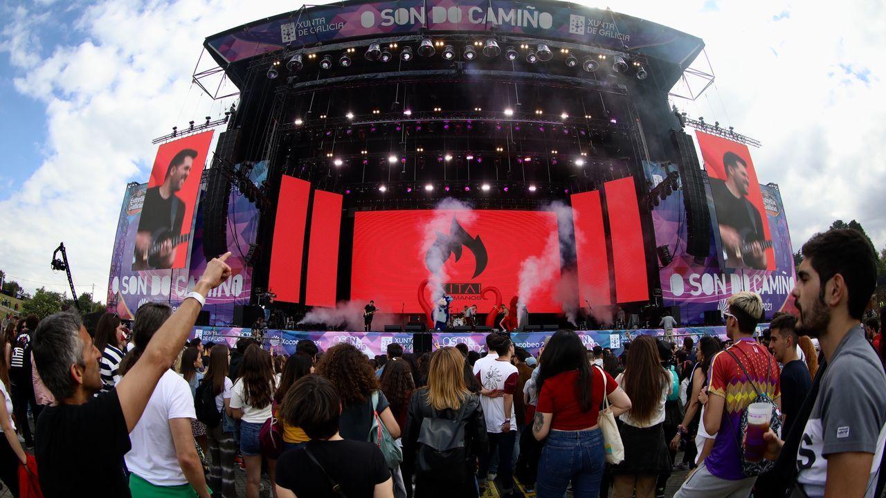 Tercer concierto del primer día del festival, a cargo de Molina Molina