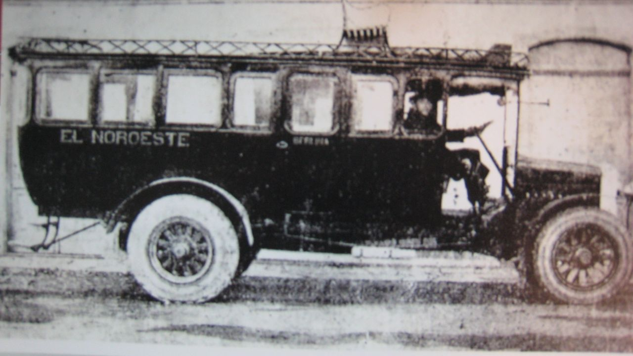 El autocar siniestrado, antes de que lo comprara Manolito
