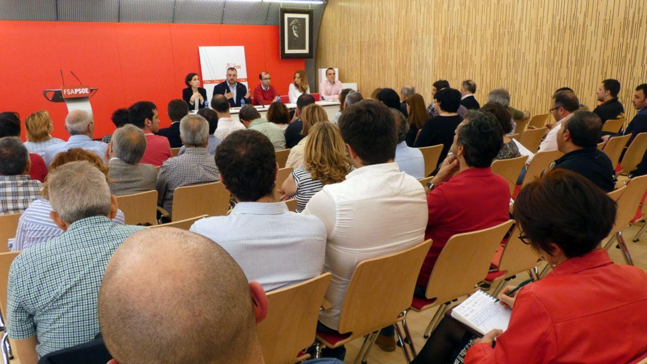 Ramón Argüelles.Encuentro sobre municipalismo en la sede de la FSA