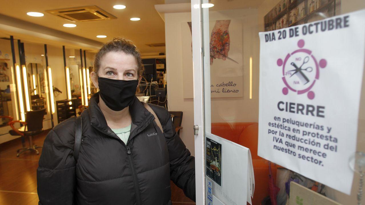 Paula Arbe, de la peluquería Tribeca, secundó el paro convocado por las asociaciones del gremio