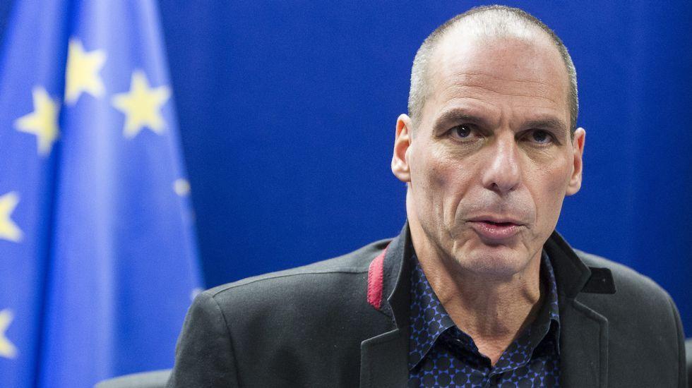 Varufakis explica la posición de su Gobierno al concluir la reunión del Eurogrupo.