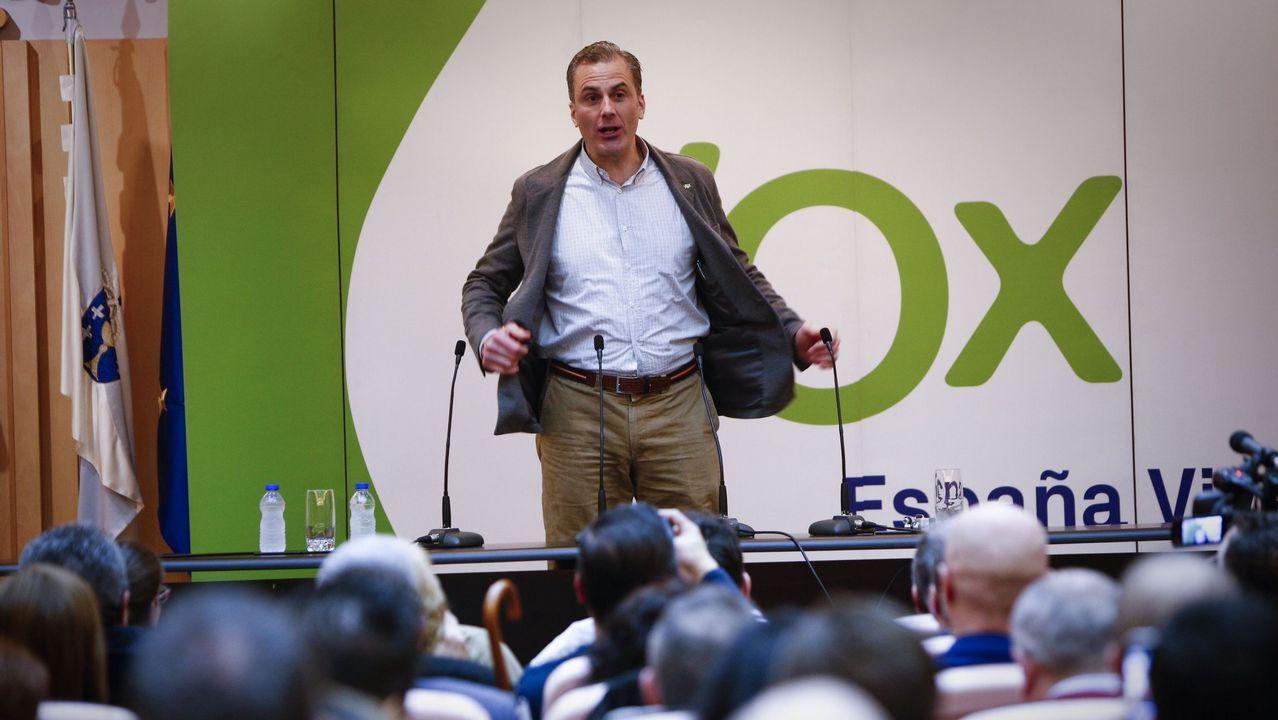 Javier Ortega Smith, secretario general de Vox, en un acto en Ourense