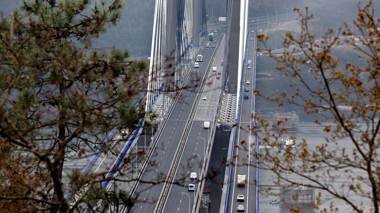 Rajoy anuncia una alternativa al tramo de curvas de la A-55 en Mos