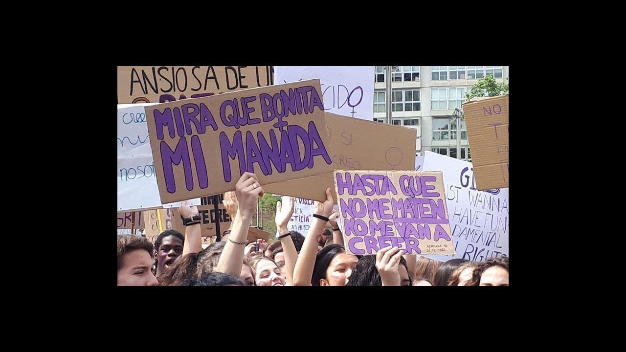 En directo, el caso de la Manada en el Supremo.Feli Soria, en su despacho de la Oficina de Políticas de Igualdad del Ayuntamiento de Gijón