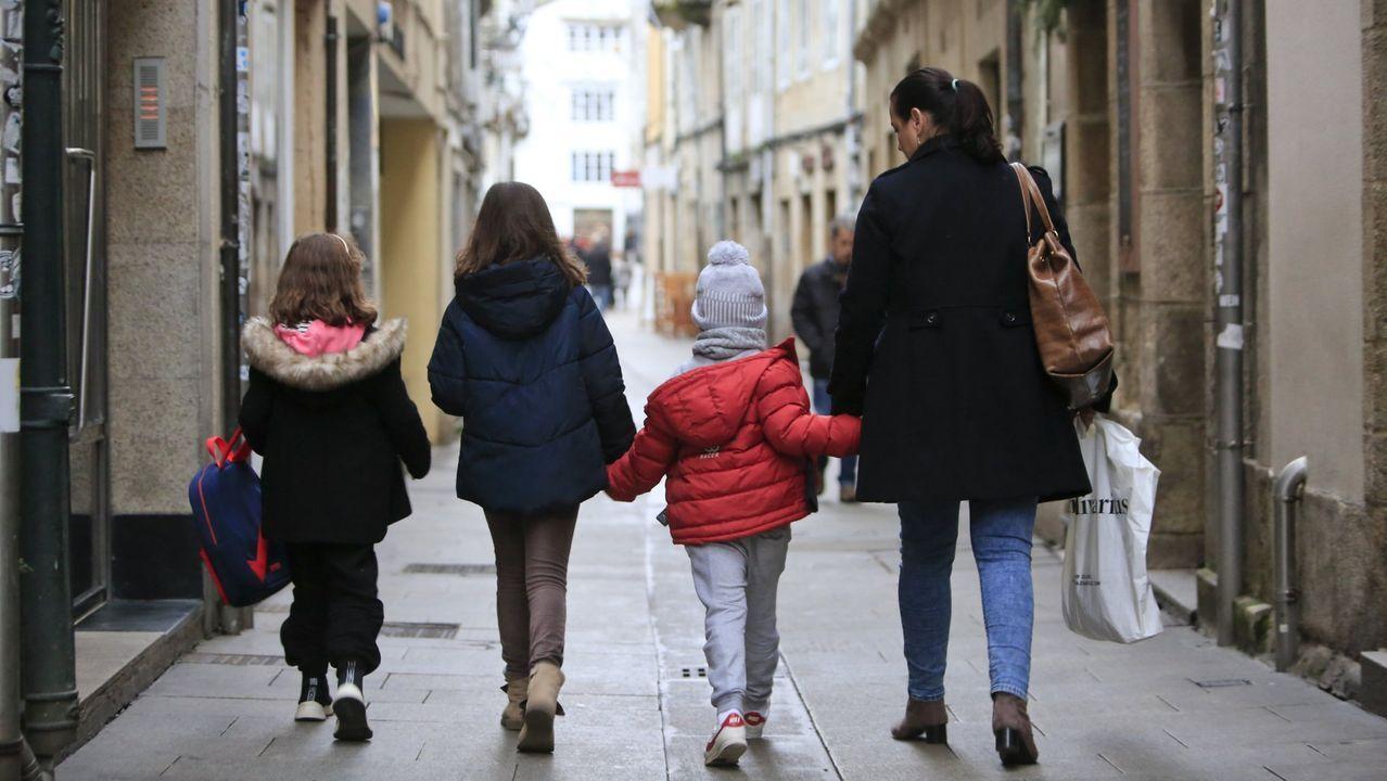Feijoo inaugura el comienzo del curso universitario en Vigo.Lugo tiene una baja natalidad pero a la vez una elevada esperanza de vida